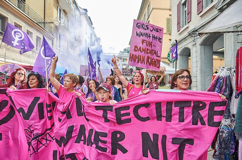 Frauen*streik/grève des femmes*, Sion