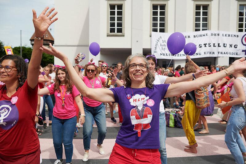 Frauen*streik/grève des femmes*, Luzern